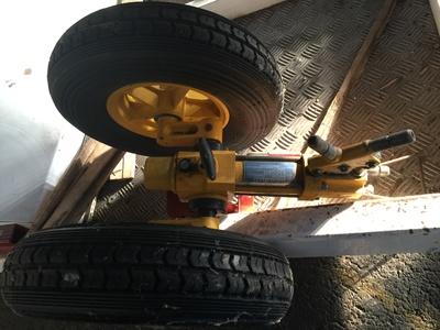 Vente train / roue / carénage As350/355 Diablo